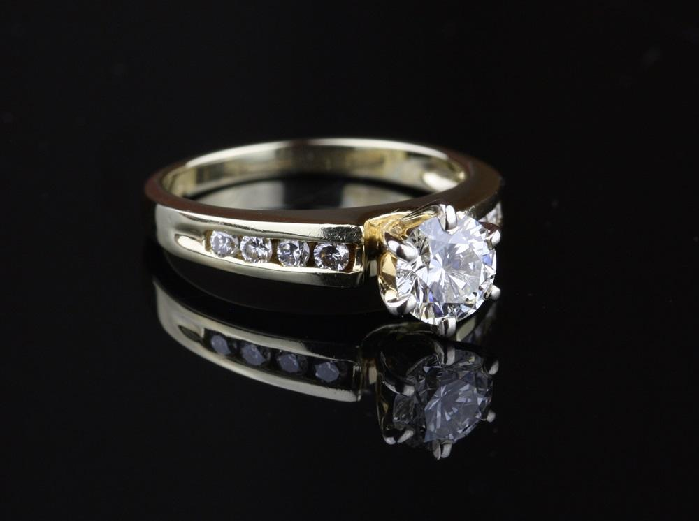Pre Owned 59 Carat Diamond Engagement Ring