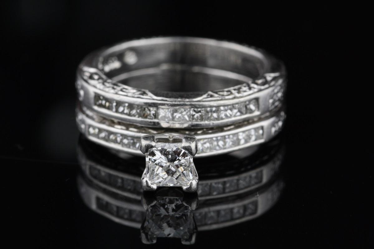 Pre Owned Diamond And Platinum Wedding Ring Set