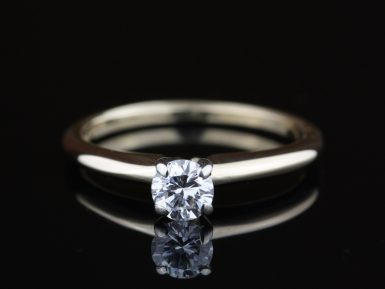 Pre-Owned-Diamond-Solitaire-Ring
