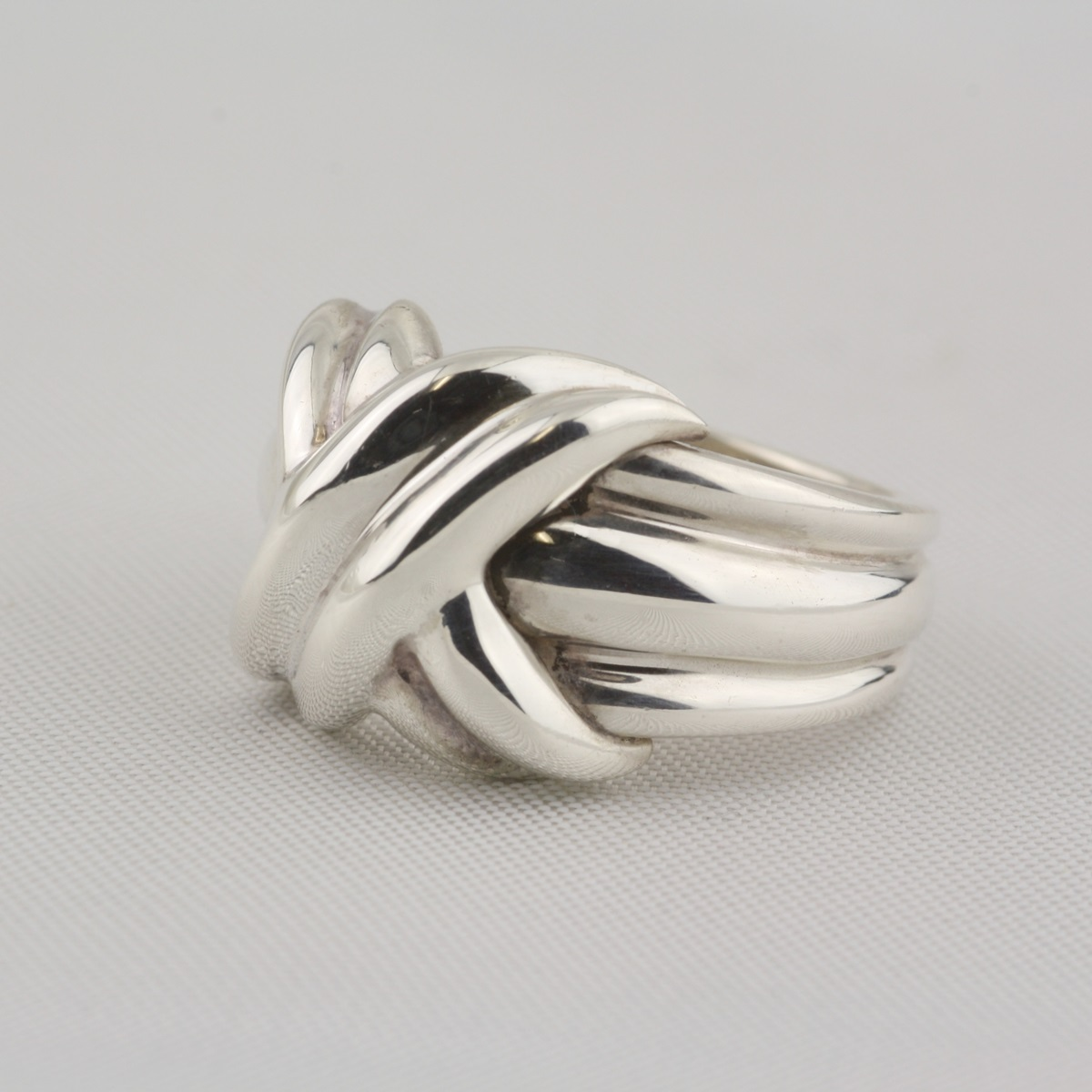 pre owned sterling silver knot ring