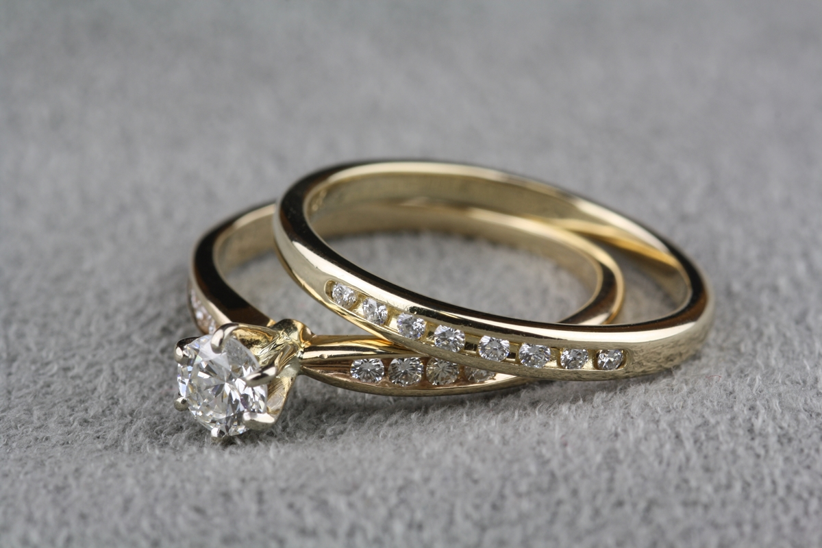 Pre Owned 40 Carat Total Weight Diamond Engagement Ring In 14 Karat Yellow Gold