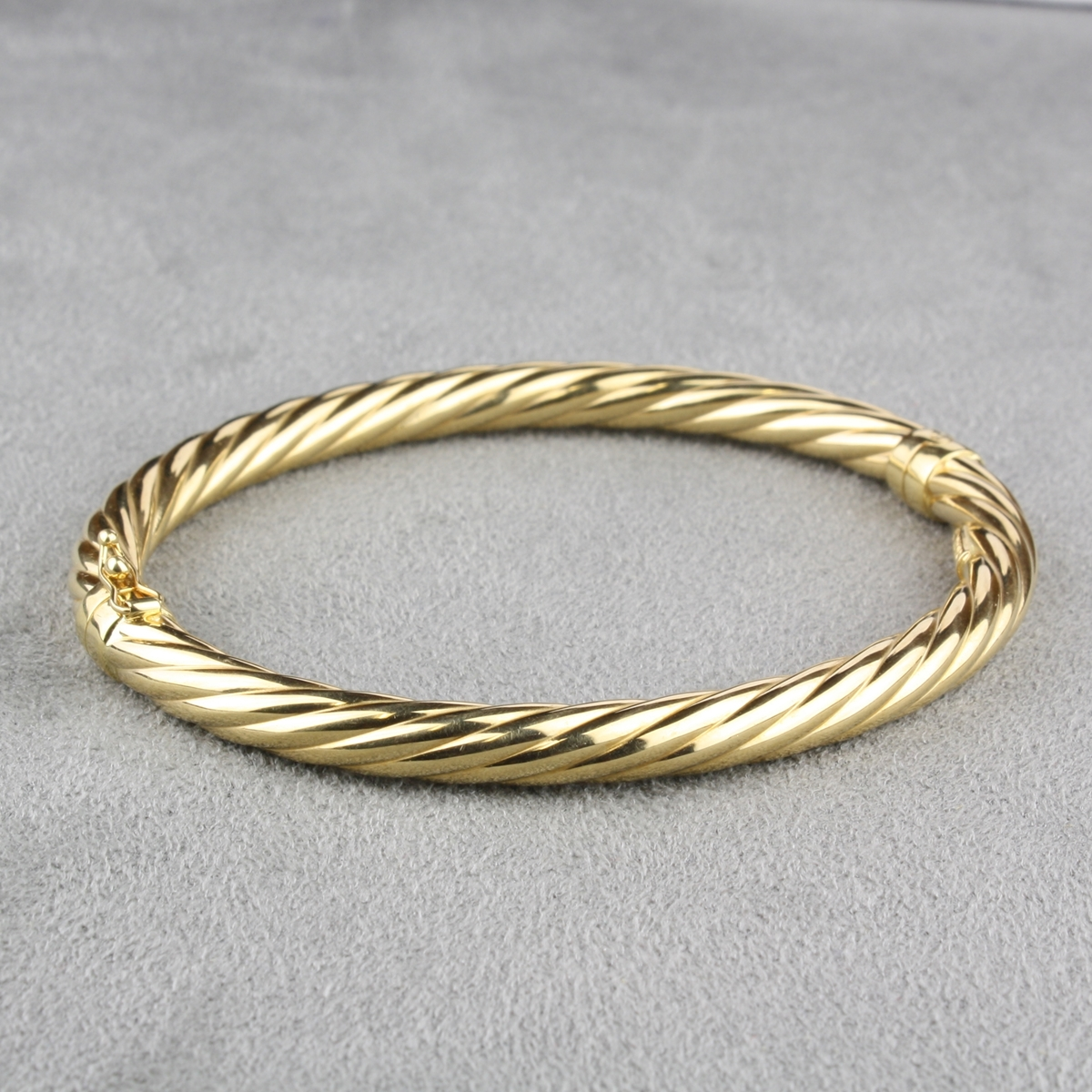 gold in bracelets karat bracelet tapered yellow bangles bangle
