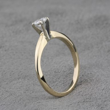 Pre-Owned 14 Karat Yellow Gold Diamond Engagement Ring