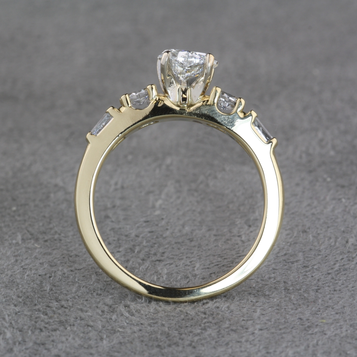 in platinum engagement rings pre image avanti womens trilogy ring owned diamond wedding from