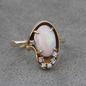 Pre-Owned Australian Opal and Diamond 10 KYG Ring  $595