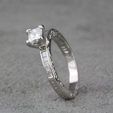 Pre-Owned-Leo-Diamond-Engagement-Ring