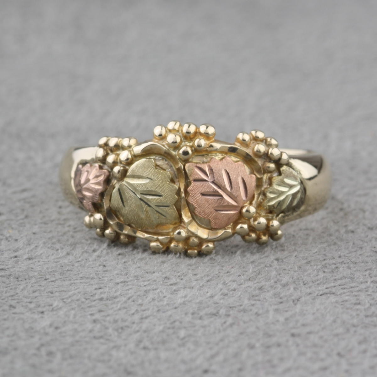 and tricolor rings black ring leaf gold filigree hills