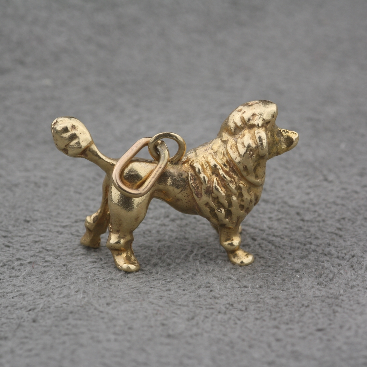 pre owned 14 karat yellow gold poodle charm
