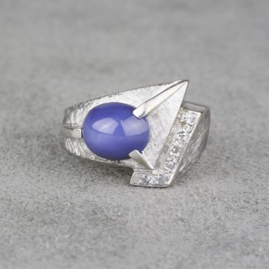Vintage-Gentleman-Synthetic-Star-Sapphire-&-Diamond-Ring