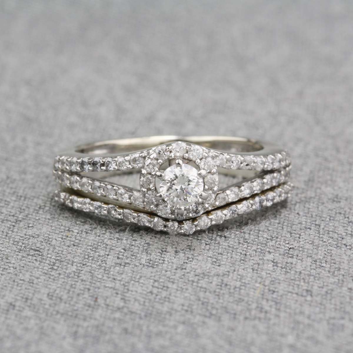 Pre Owned Diamond Engagement Set