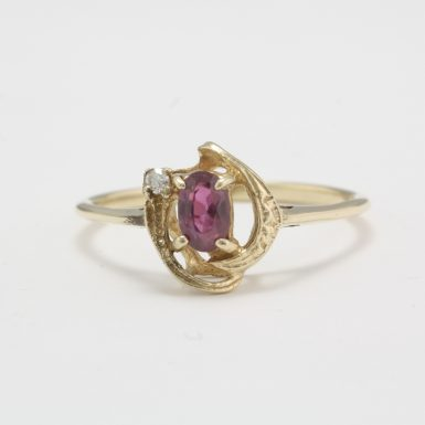 Pre-Owned 10 Karat Yellow Gold Ruby & Diamond Ring