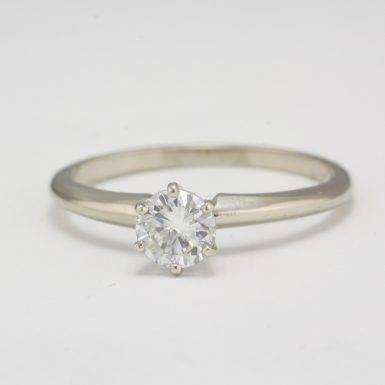 Pre-Owned 14 Karat White Gold Diamond Ring