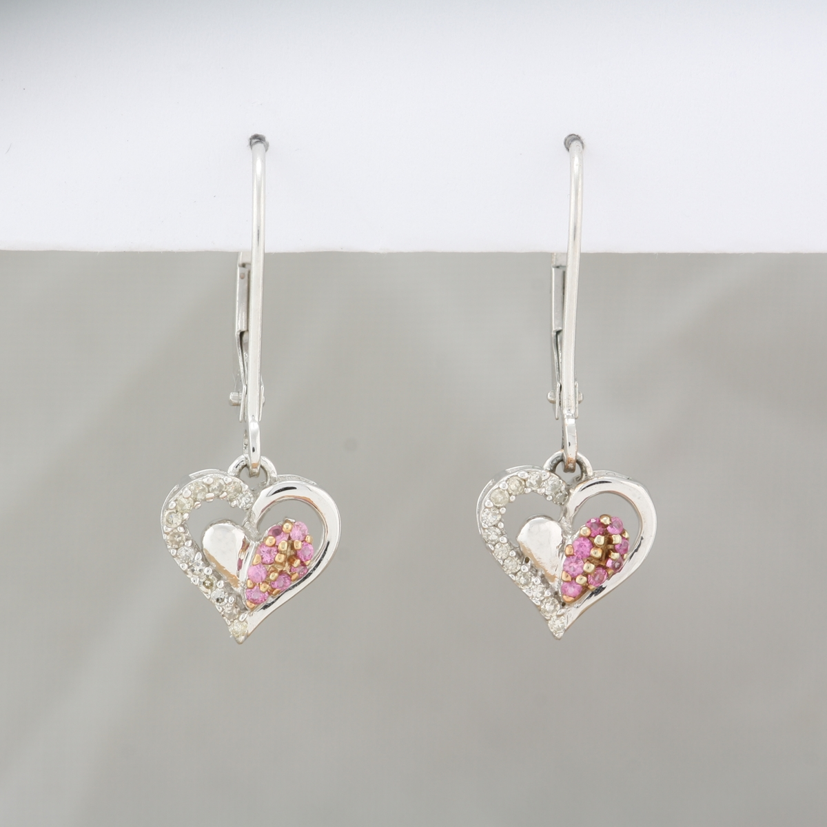 Pre Owned 10 Karat White Gold Dangle Pink Shire Diamond Heart Earrings