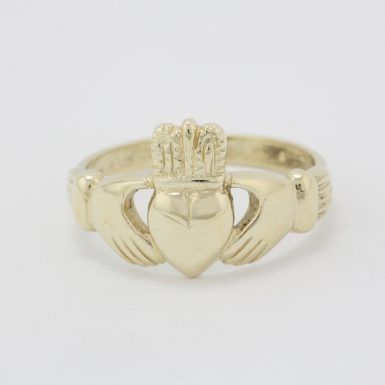 Pre-Owned 14 Karat Yellow Gold Irrish Claddagh Band
