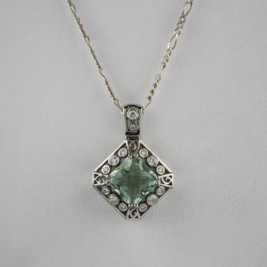 292659-fluorite-pendant-with-chain