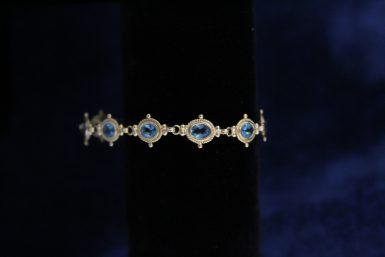 Pre-owned 14k Blue Topaz Bracelet