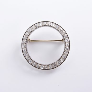 Pre-owned Platinum Diamond Circle Brooch