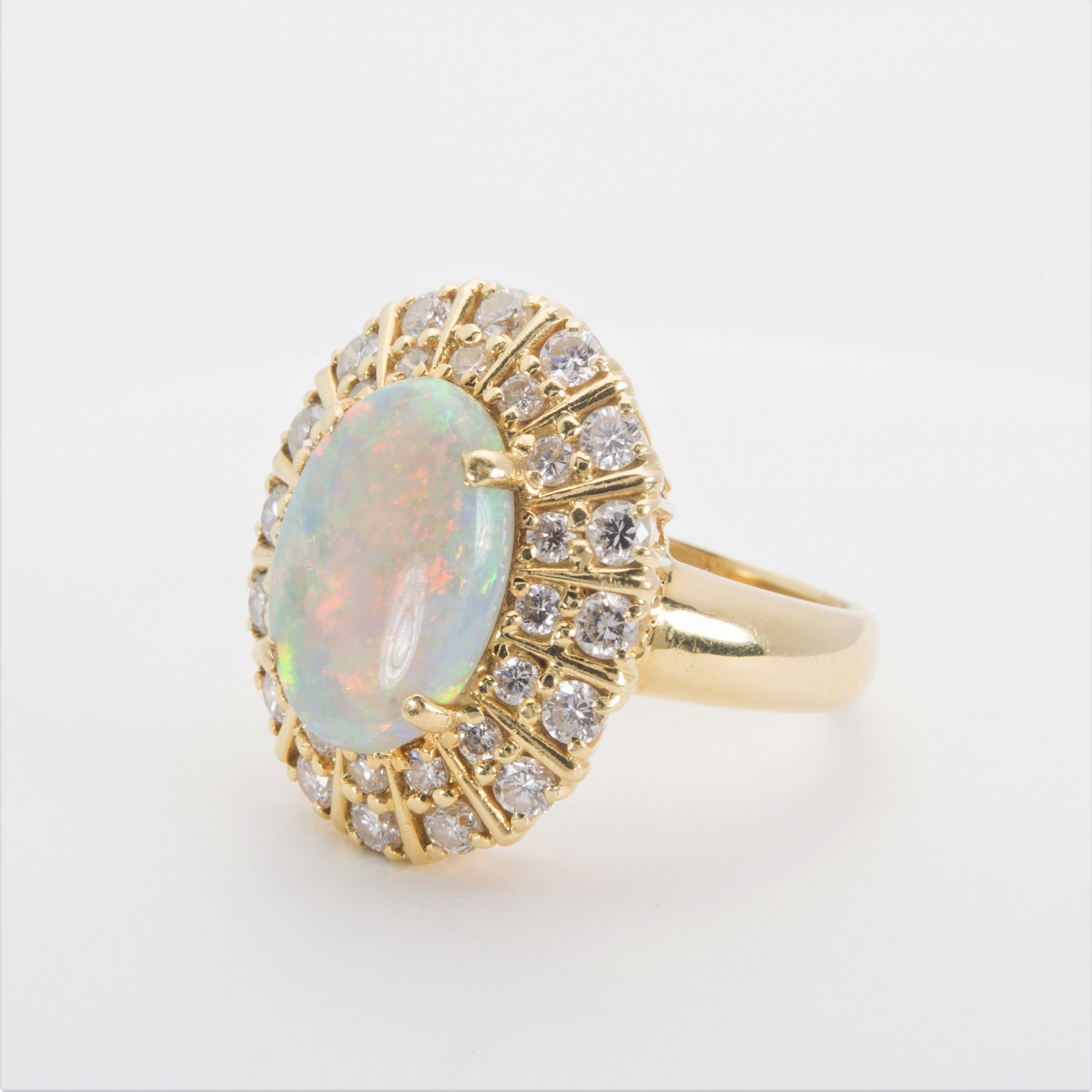 Pre-owned 18K Opal and Diamond Ring