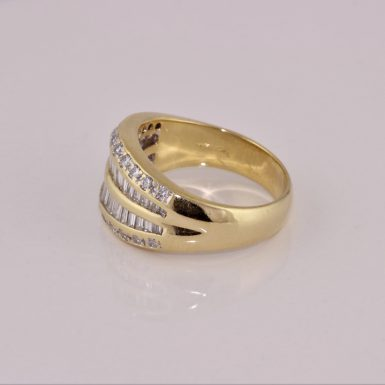 Pre-Owned 1.86 Carat Total Weight Diamond Band in 18 Karat Yellow Gold