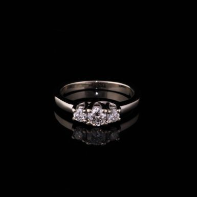 Pre-Owned 14k White Gold 3- Diamond Ring