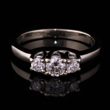Pre-Owned 14k White Gold 3- Diamond Ring