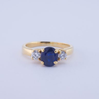 Pre-Owned 18K Classic Diamond and Sapphire Ring
