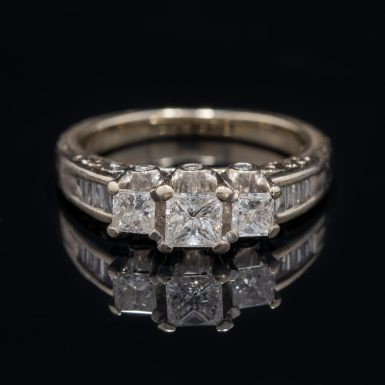 Pre-Owned 14k three stone diamond ring