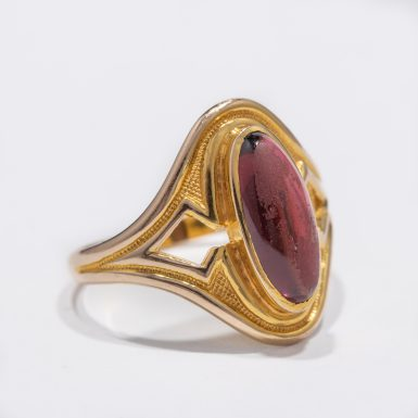Art Noveau Garnet Ring 9-10 Karat Gold