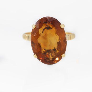 Vintage 18K Madeira Citrine Ring