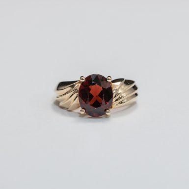 Pre-Owned 10K Garnet Fashion Ring