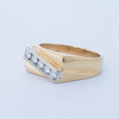 Pre-Owned 18k VS Diamond Ring