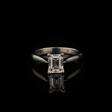 Pre-Owned Platinum 1.09 Carat Diamond Solitaire Engagement RingPre-Owned Platinum 1.09 Carat Diamond Solitaire Engagement Ring