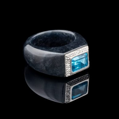 Pre-Owned Black Jade Ring with 14k and Blue Topaz