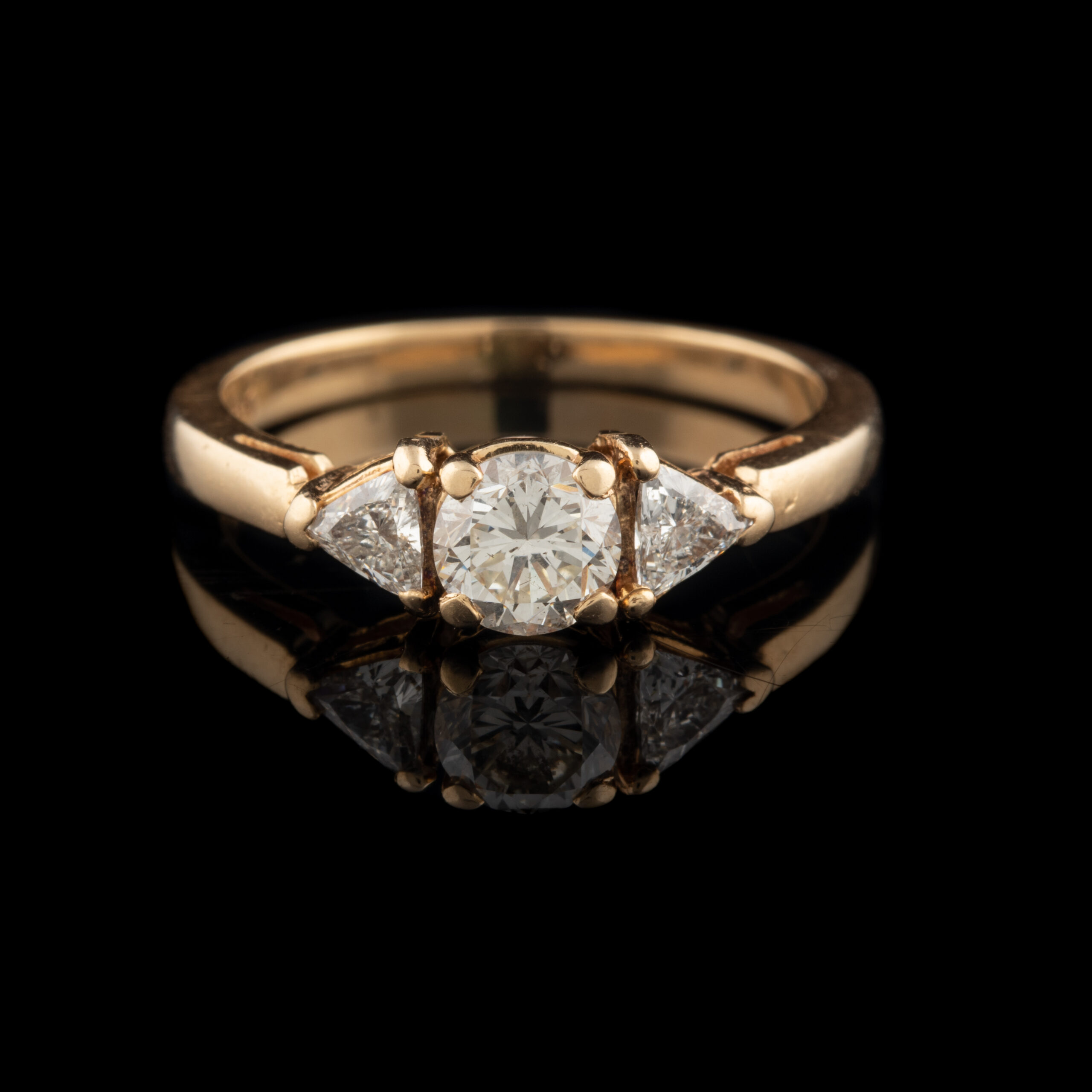 Pre-owned 14K Round Brilliant and Trillion Diamond Ring