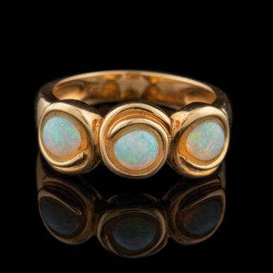 Pre-Owned 18k Opal Ring
